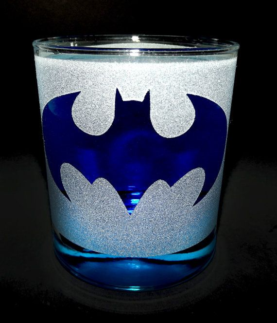 Hey, I found this really awesome Etsy listing at https://www.etsy.com/listing/156031758/frosted-batman-logo-etched-tumbler-rocks
