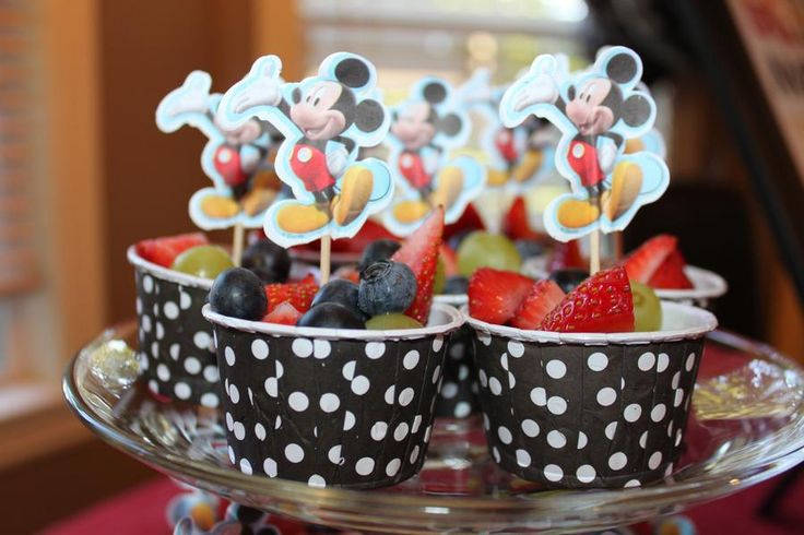Mickey mouse birthday party