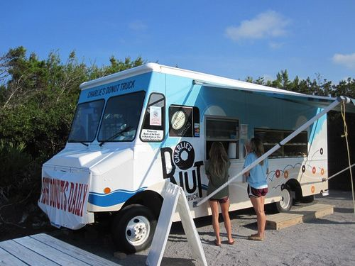 "Charlie's Donut Truck, Alys Beach – The ""Hole"" Truth #30AEATS #SouthWalton"