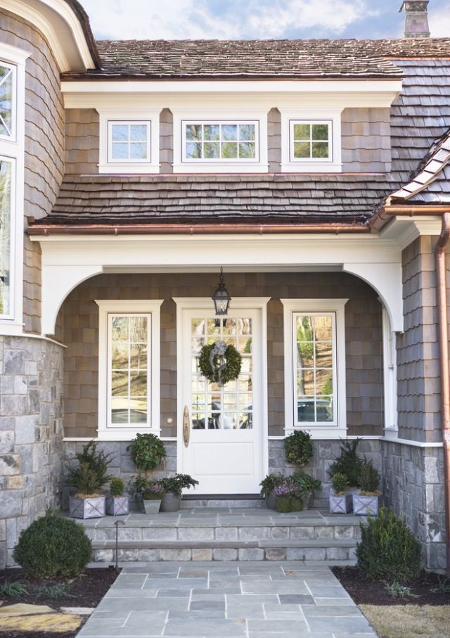 White Wood House : Pretty front door and entrance way  Beautiful Front Doors  Pinterest