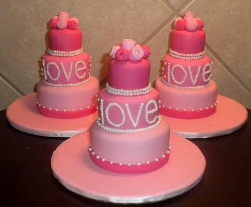 12 best Valentine Cakes images on Pinterest | Valentines ...