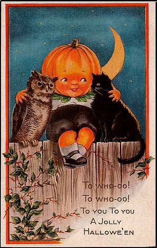 Chubby Pumpkin And Cats Vintage Halloween