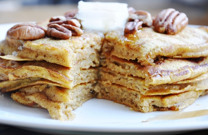 whole wheat pumpkin pancakes | Good things to eat | Pinterest