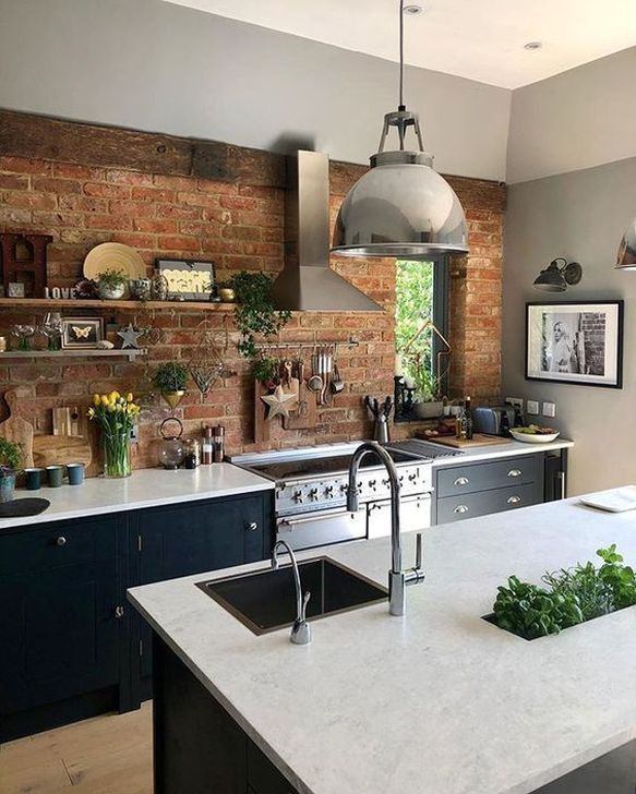 Kitchens Today Are More Than Form And Function A Properly Designed Kitchen Can Add Great Style To Your W Kuchen Design Kuchendesign Kuche Industrial