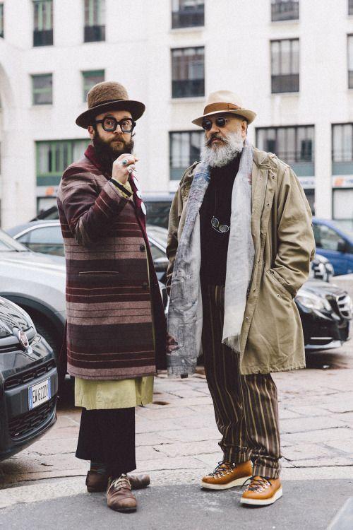 2015-01-21のファッションスナップ。着用アイテム・キーワードは40代~, アイコン, コート, サングラス, トレッキングブーツ, ハット, ブーツ, メガネ,Gianni Fontanaetc. 理想の着こなし・コーディネートがきっとここに。| No:85264