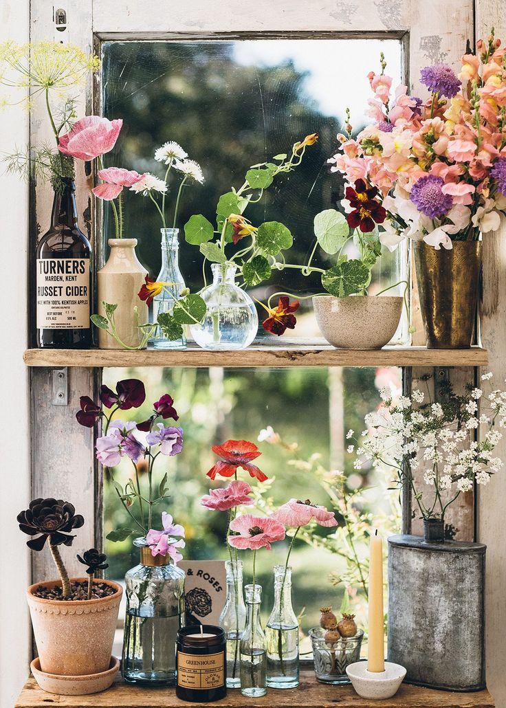 Plant Aesthetic, Spring Aesthetic, Aesthetic Room Decor, Cozinha Shabby Chic, Amber Glass Jars, Bohemian Interior, Soy Wax Candles, Plant Decor, Decoration