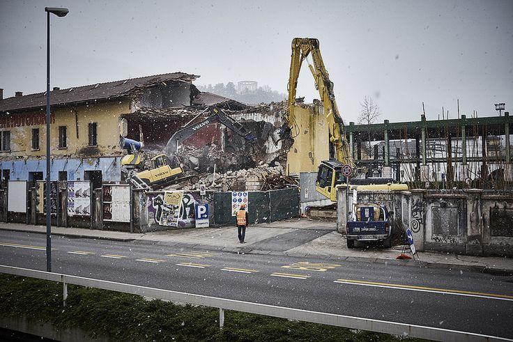 Bruno. Bye bye Bruno! #CentroSocialeBruno #Trento #Trentino #Demolition #Snow #Winter #Wabisabiphotography #FujifilmX100S