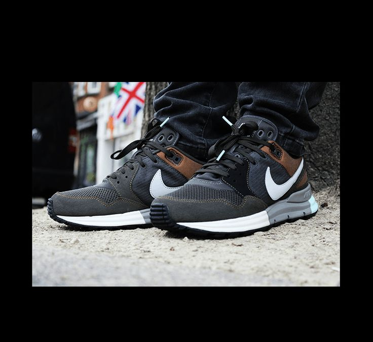 the latest 5b7d9 5d26a Nike Lunar Pegasus 89 Newsprint Dusty Grey Black - 599472-001 - Sneaker  District   Mens classy workout gear!   Pinterest   Sneakers, Nike lunar and  Nike