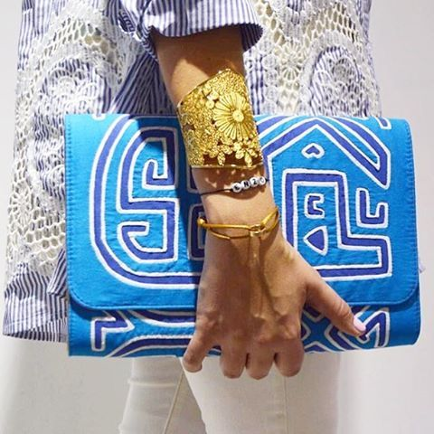Reposting this amazing pic from @bymalka featuring our Royal Cuff  #tresalmas #bymalka #cuff #statement