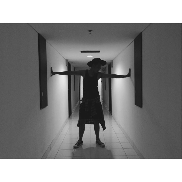 #blackandwhite #silhouette #ootd