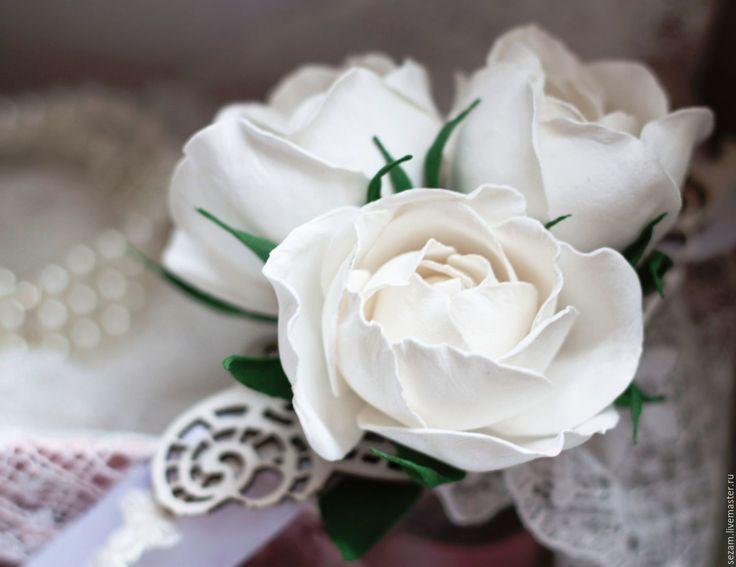 Купить Браслет невесты с розами - белый, свадебный, для невесты, украшение с цветами, браслет невесты