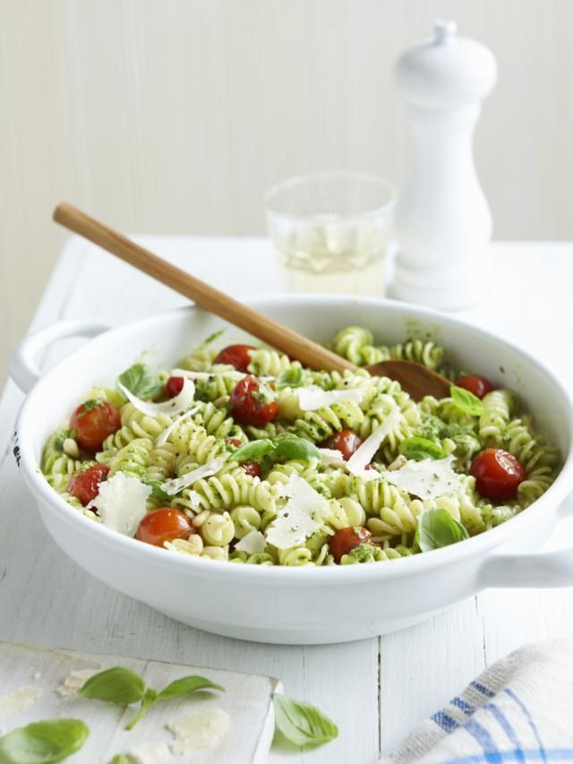 There's more to pasta than a jar of marinara sauce. Try one of these easy dishes that showcase the fresh vegetables of spring - snappy peas, earthy asparagus, fresh garlic and more. Pasta makes the perfect partner for these seasonal harbingers.