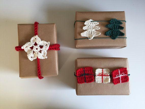 The Christmas Bundle - Crochet patterns - Christmas Star, Christmas gift, Christmas tree & gift line