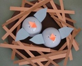 Put a bird on it. 6 bird themed crafts for spring: ▪ Bird mobile ▪ Mini bird cages ▪ Baby bluebirds ▪ Bluebird cupcakes ▪ Umbrella stand ▪ Felted birdhouse