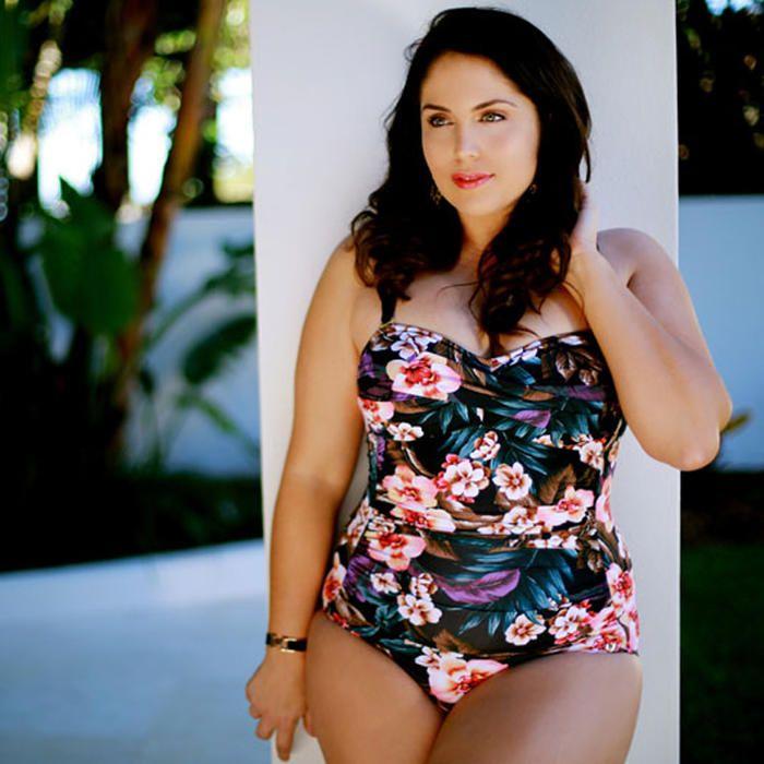 [Curvy Swimwear Bandeau Onepiece in Hawaiian Vintage]