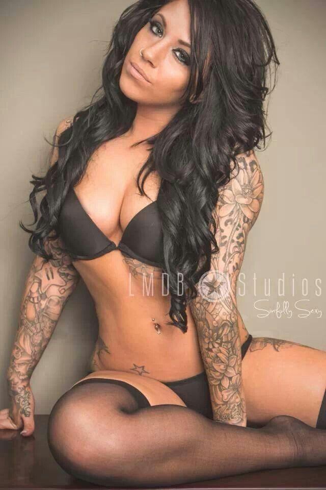 Hot tattoed milf