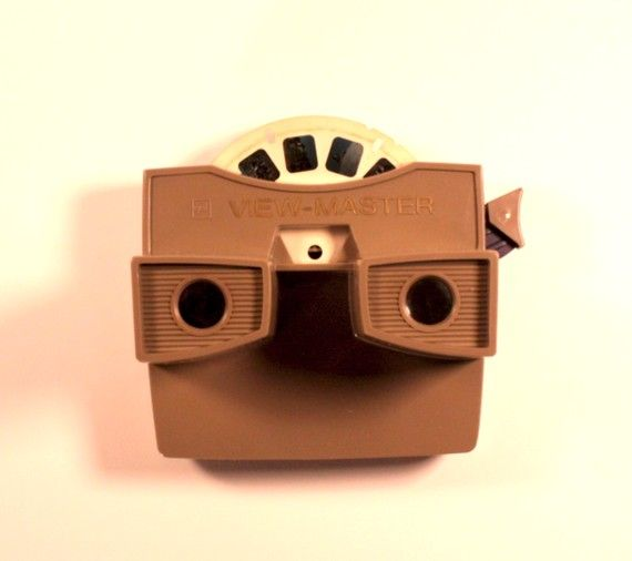 vintage brown viewmaster. Ahhhh childhood!