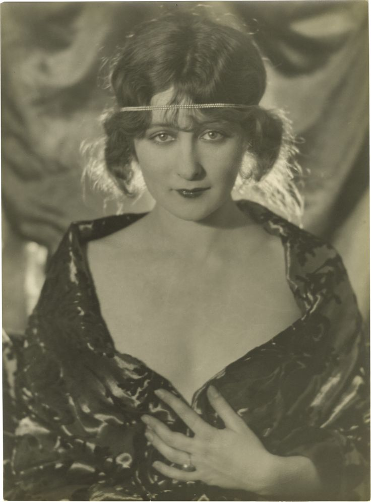 """""""I know both Mabel Normand and Mary Miles Minter, and they are both lovely girls. It is the hangers-on at the studios who give the colony the bad name it bears [sic]. As for the parties, people have to have them at their homes for there are no amusements out there. There are no theaters, only one stock company."""" -- Mildred Harris, on Hollywood in 1922. (Bizarre Los Angeles)"""