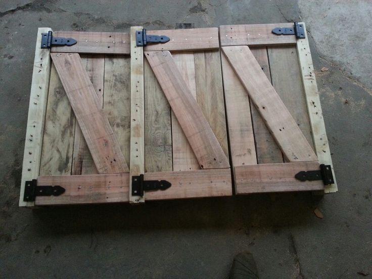 Puertas de pallets para bajomesada o alacena dise os for Puertas corredizas de palets