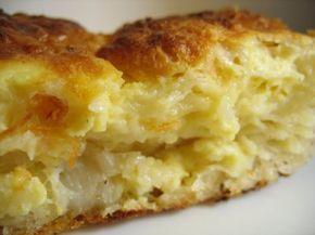 Μία ξεχωριστή Κυπριακή συνταγή για να φτιάξετε τυρόπιτα. Υλικά Για Κυπριακή τυρόπιτα 3 φλυτζ. αλεύρι που φουσκώνει μόνο του 3 φλυτζ χαλούμι 6 αβγά 1 φλυτζ. γάλα 1 φλυτζ. καλαμποκέλαιο 1κ.γ. μπέικιν πάουντερ ψιλοκομμένο δυόσμος σουσάμι Προετοιμασία Προθερμαίνουμε το φούρνο στους 170 βαθμούς. Σε ένα μπολ ρίχνουμε τα αβγά, το τυρί, το δυόσμο, το …