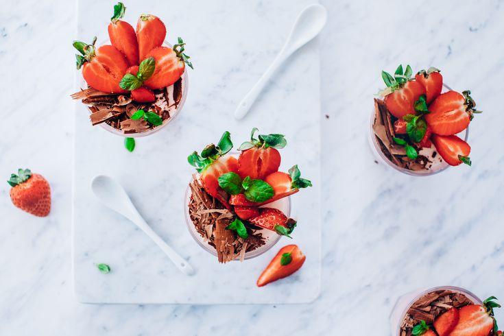 Lekka pianka z truskawkami | Ania Starmach