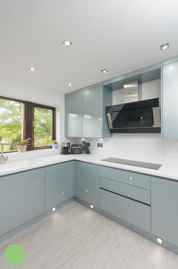 Our Kitchen Of The Week Is The Gorgeous Verve Metallic Blue This Kitchen Stays True To The German Style With Its Clean And Contemporary Kitchen Furniture Design