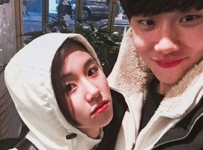 Chaeyoung Brother Twice Chaeyoung Brother Kpop Idol Siblings Korean Best Friends Girl Group Siblings