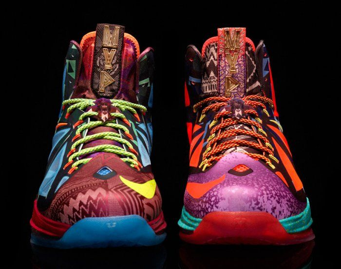 """NIKE Lebron James shoes presented for (Lebron James), basketball player from """"Miami Heat"""" is already the fourth time won the most valuable player of regular season of the National Basketball Association. On this occasion the company Nike released a special running shoes."""