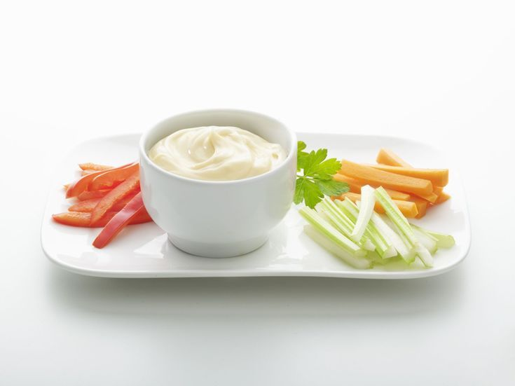Gluten-Free? Here's the Best Mayonnaise To Use for Sandwiches and Dip