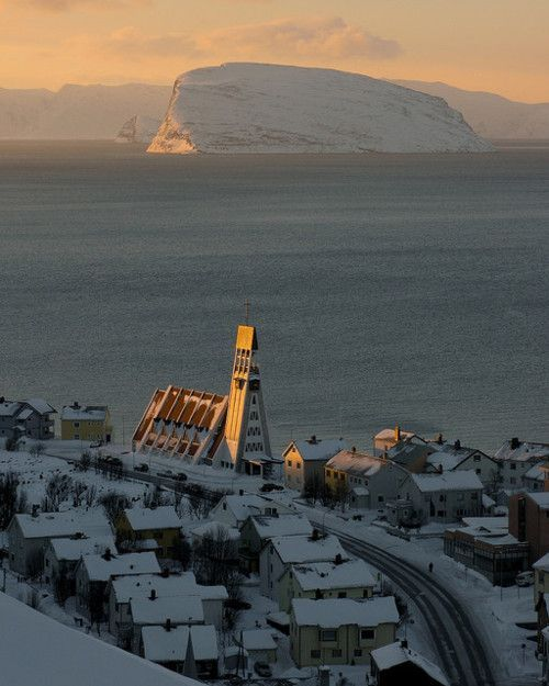 Hammerfest, Norway For amazing adventure holidays to Norway click here: http://scripts.affiliatefuture.com/AFClick.asp?affiliateID=263069&merchantID=4626&programmeID=12015&mediaID=0&tracking=&url=