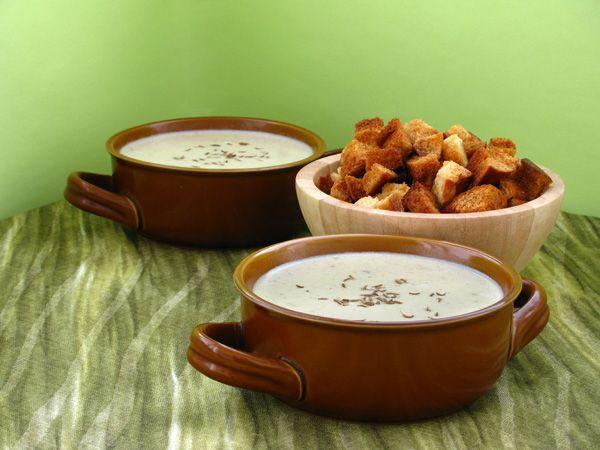 Картофельный крем-суп с печёным чесноком