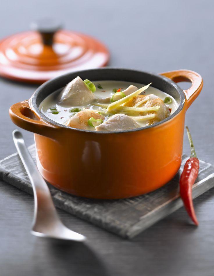 Soupe Thaï épicée au poulet et lait de coco