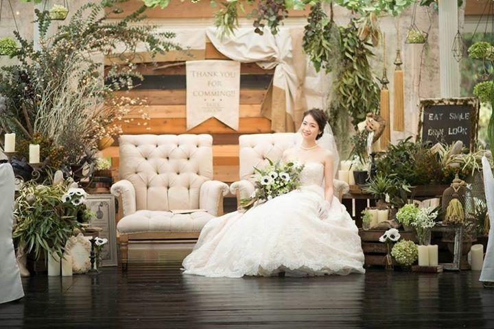 ウェディング メイン ソファ席  ブライダルプロデュースグレイス bridalproduce grace http://www.bridal-grace.jp