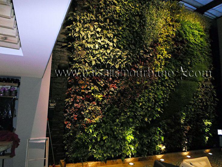 9 best Jardín Vertical interior de la Cafetería Juan Valdez, Bogotá