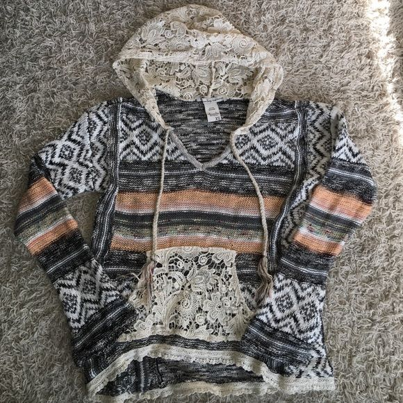 American Rag hooded sweater Brand new only worn once! Fits a small American Rag Tops Sweatshirts & Hoodies