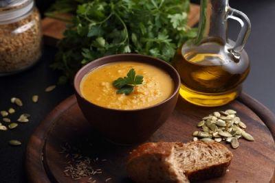 Dýňová polévka s červenou čočkou | Jóga dnes
