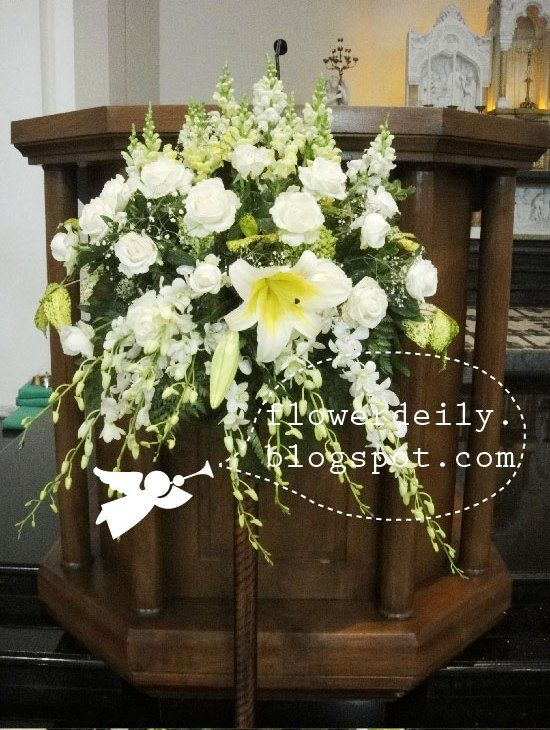 church wedding flower arrangements 38 best images about wedding flowers on altar 2947