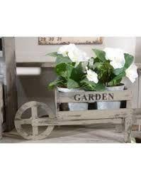 Risultati immagini per carriola decorativa da giardino