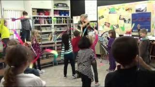 Mozart Balletmusik - ribbons  denise gagne musicplay - YouTube