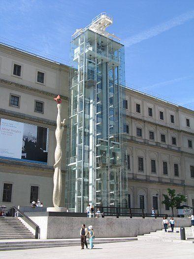 Ascensor-panoramico-de-cristal Museo Reina Sofia - Madrid. España