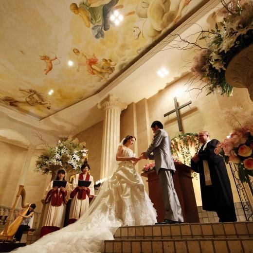 アゴラシオン http://wedding.rakuten.co.jp/hall/wed1001297/