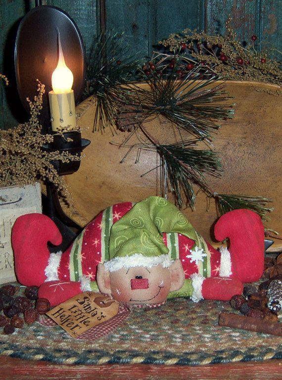 Little Helper Elf muñeca patrón primitivo de por pattisratties
