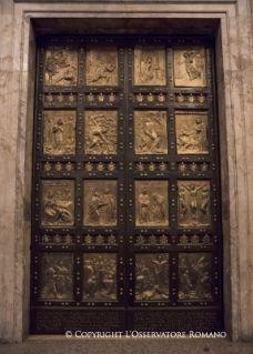 Jubileo de la Misericordia - Misa y apertura de la Puerta Santa - Actividades del Santo Padre Francisco | Vatican.va