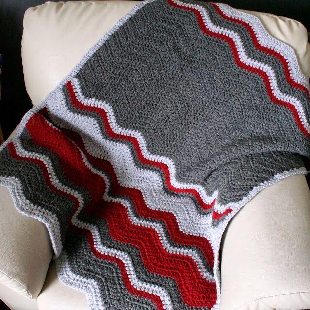 Hazel's Crochet: Snuggly Ripple Blanket