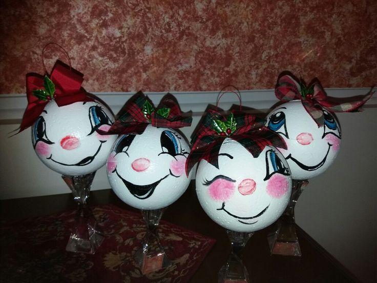 Χριστουγεννιάτικες μπάλες (φελιζολ) ζωγραφισμένες με ακρυλικά