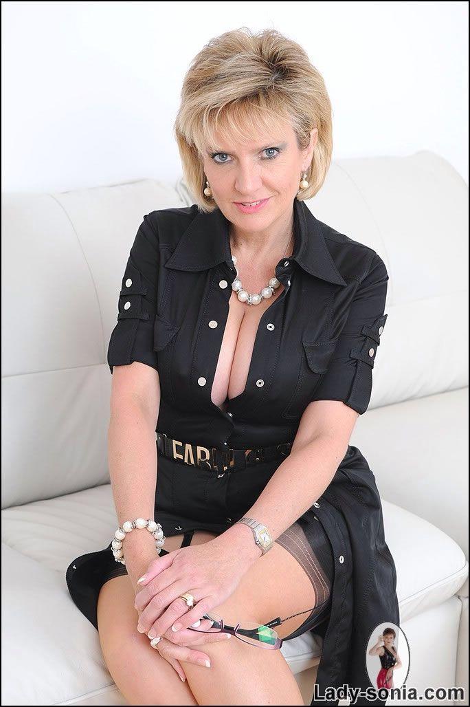 32 Best Lady Sonia Slike na Pinterestu Lady, Heels In-9233