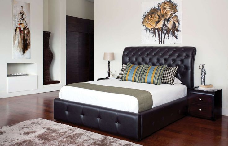 Cotswold bed. Available from Rochester stores in different leather options and sizes.