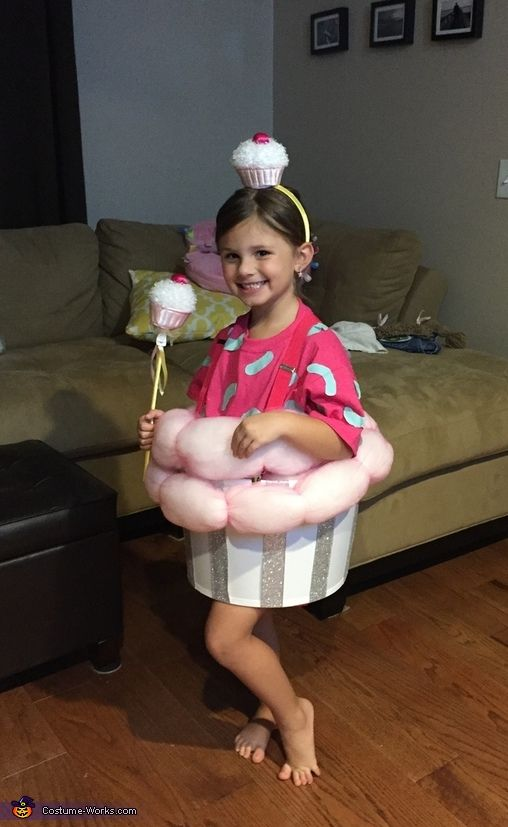 Little Cupcake Homemade Costume - 2016 Halloween Costume Contest