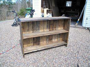 DIY Rustic Bookshelf