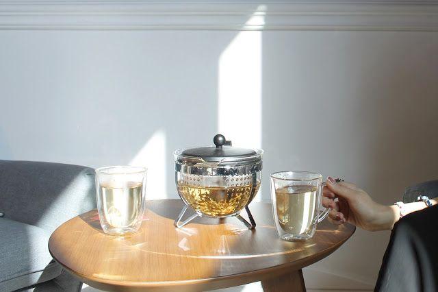 SELFTIMERS: A Juicin' Adventure @ The Cold Pressery - Acai Berry tea